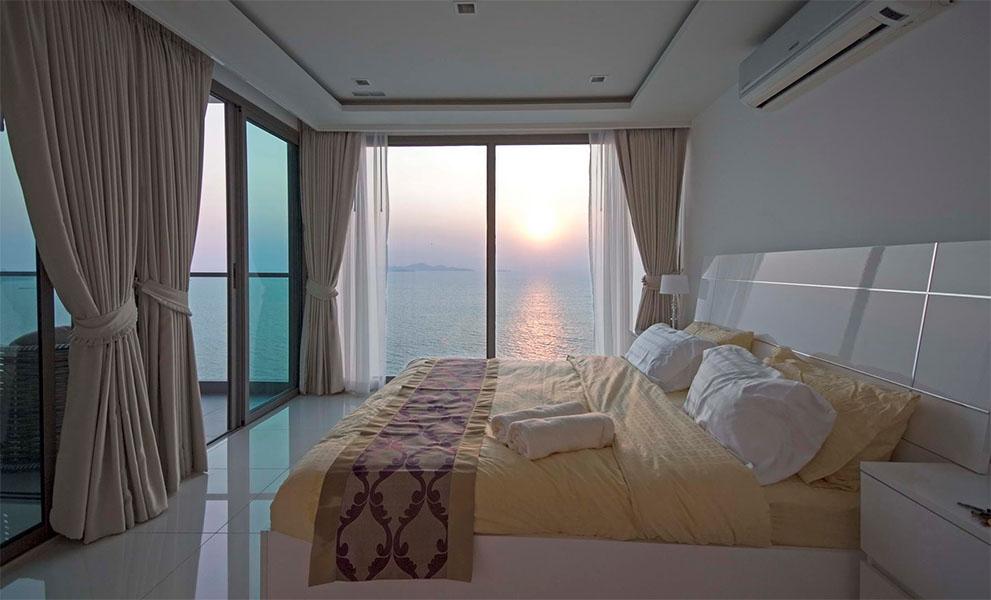 Schlafzimmer Wohnung Pattaya mit Meerblick