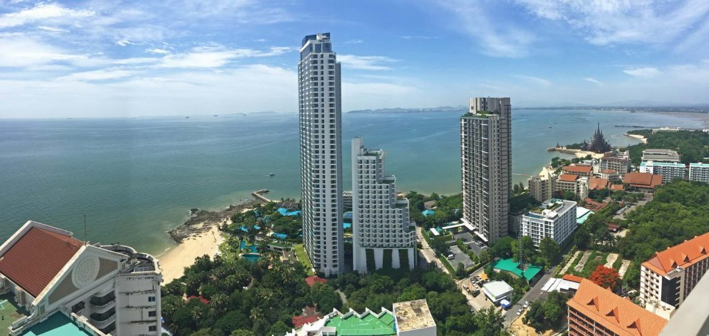 Aussicht von der Mietwohnung im Wongamat Tower Pattaya Naklua